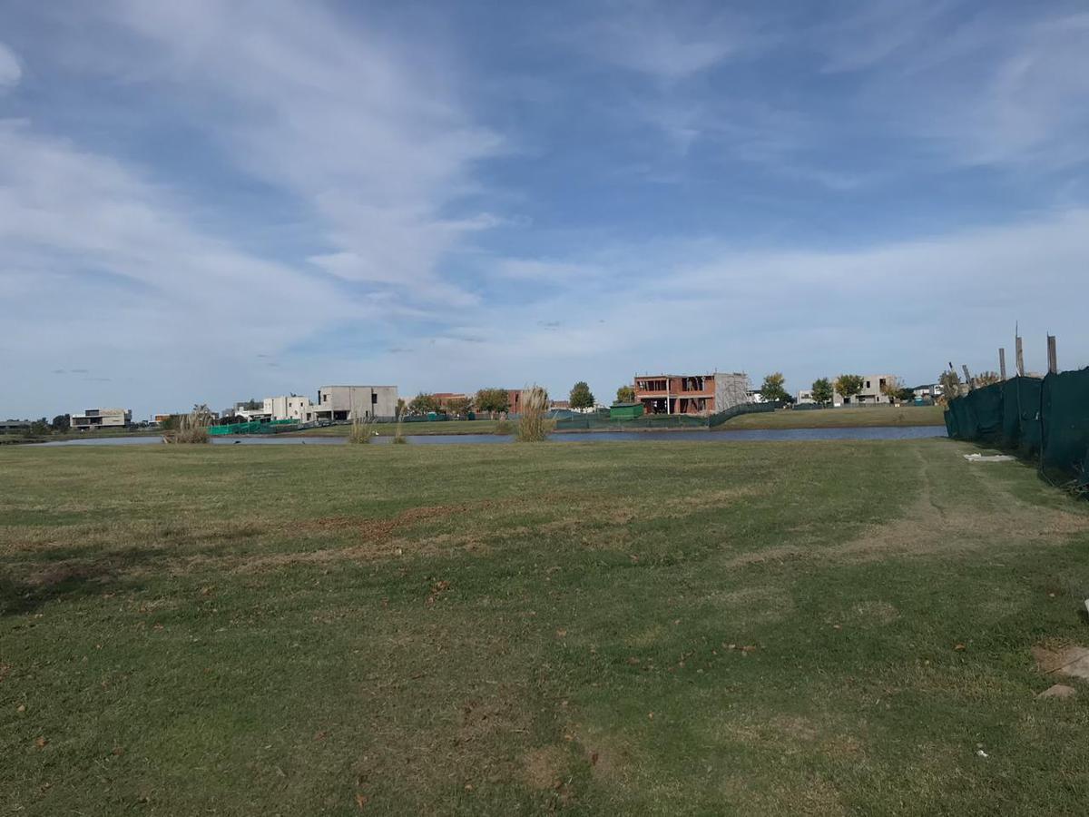Foto Terreno en Venta en  El Canton - Islas,  Countries/B.Cerrado  Libertad al 300