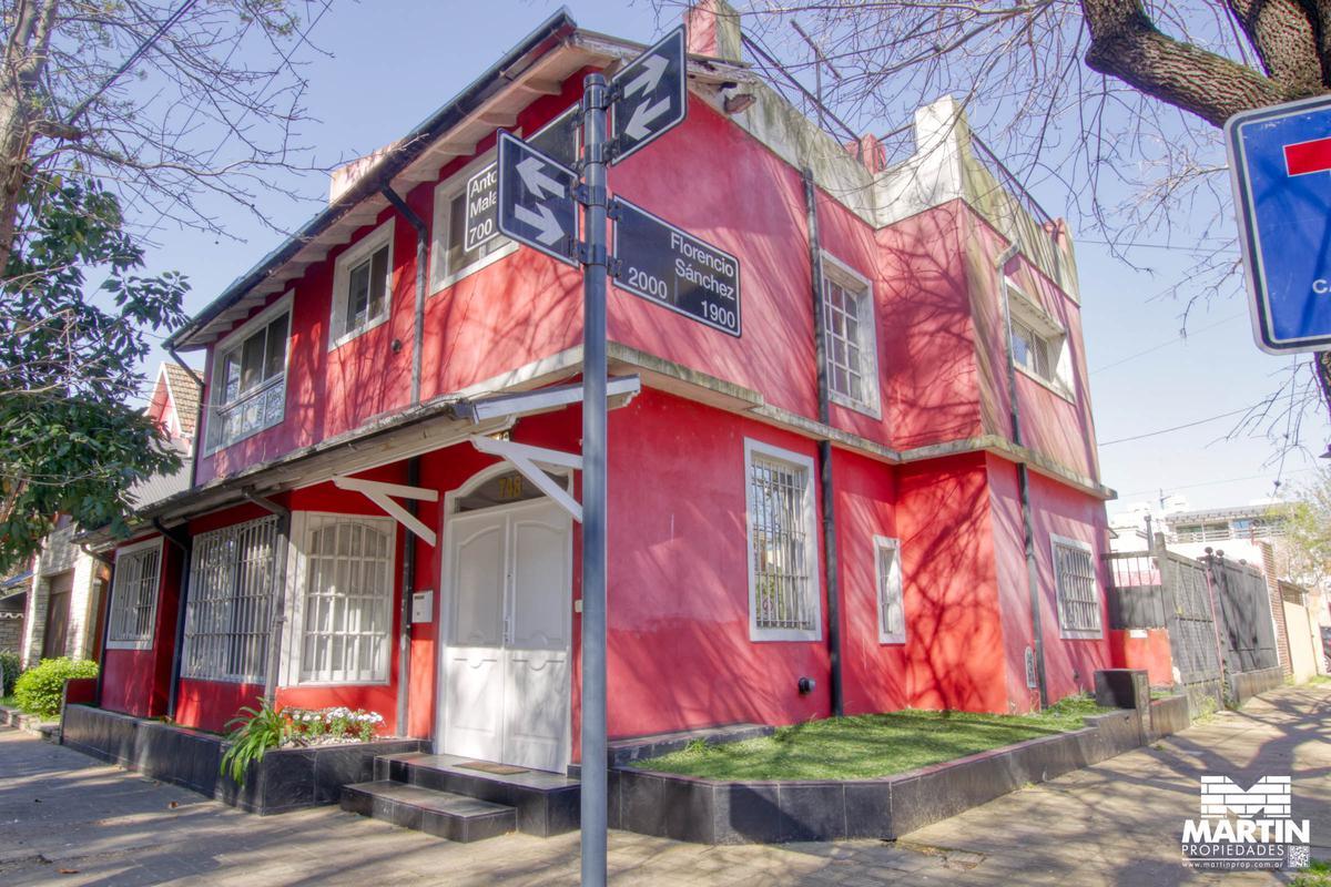 Foto Casa en Venta en  Olivos,  Vicente López  MALAVER al 700