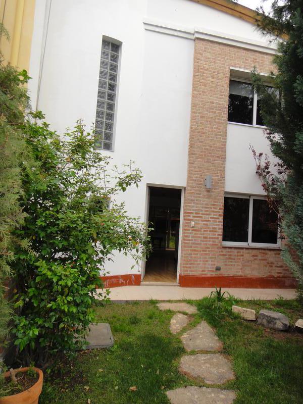 Foto Casa en Venta en  Neuquen,  Confluencia  CASA VILLA LUISA