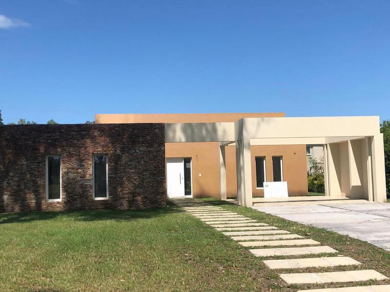 Foto Casa en Venta en  Campana ,  G.B.A. Zona Norte  La reserva Cardales