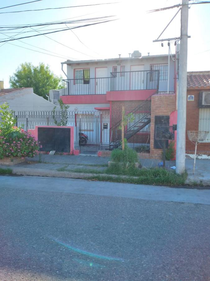 Foto Departamento en Venta en  Capital ,  Neuquen  Rio Carcaraña al 600