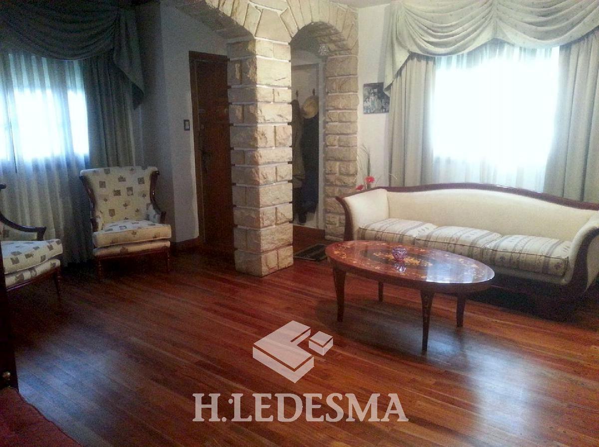 Foto Casa en Venta en  Los Troncos,  Mar Del Plata  LAVALLE 3800
