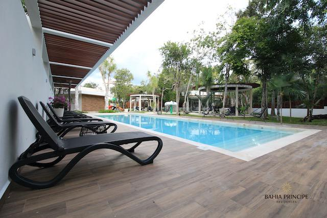 Foto Terreno en Venta en  Tulum ,  Quintana Roo  TERRENO EN INCREÍBLE RESIDENCIAL- AMENIDADES Y SUPER PRECIO- BAHIA PRINCIPE TULUM
