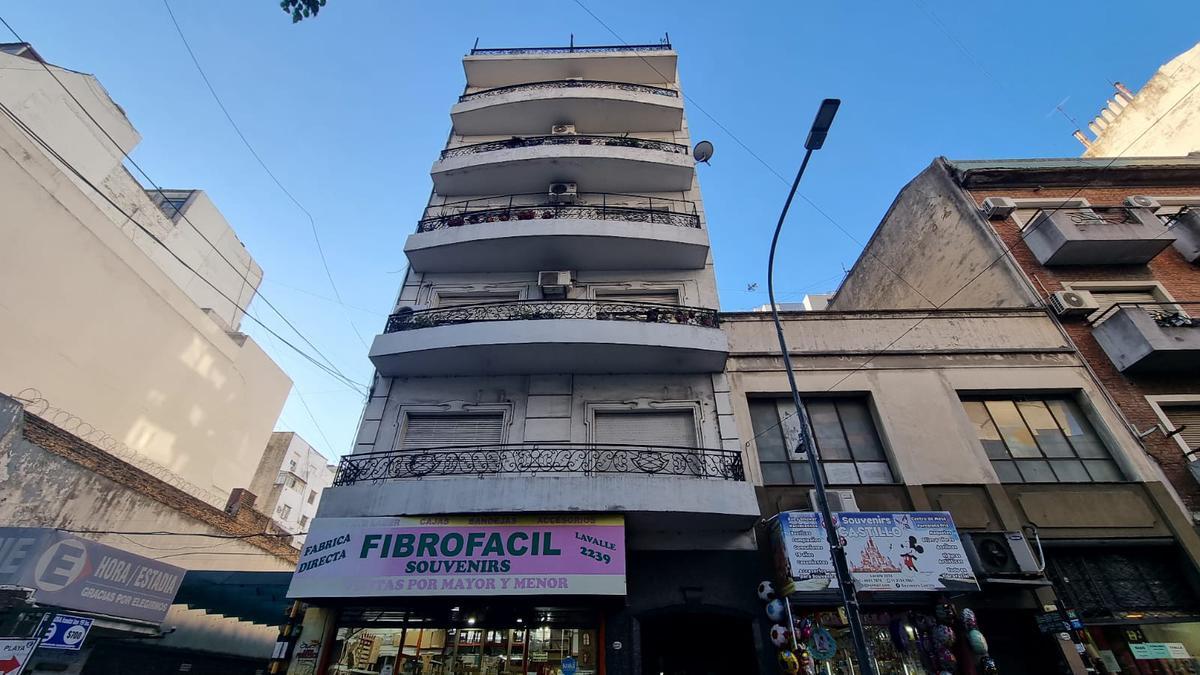Foto Departamento en Venta en  Once ,  Capital Federal  Lavalle al 2200