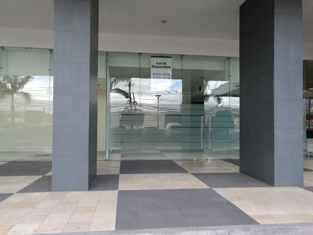 Foto Oficina en Renta en  Tegucigalpa ,  Francisco Morazán  Local para oficina en primer piso edificio 777 Lomas del Guijarro