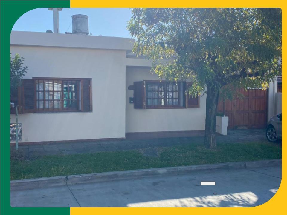 Foto Casa en Venta en  San Miguel,  San Miguel  Aristobulo del Valle al 700