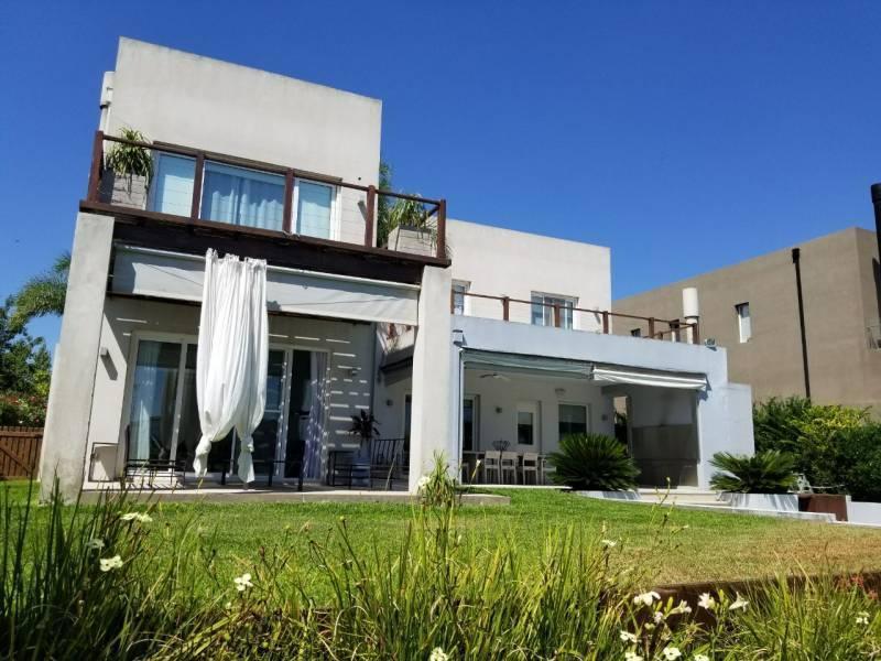 Foto Casa en Venta en  Los Alisos,  Nordelta  Los Alisos - Nordelta al 100