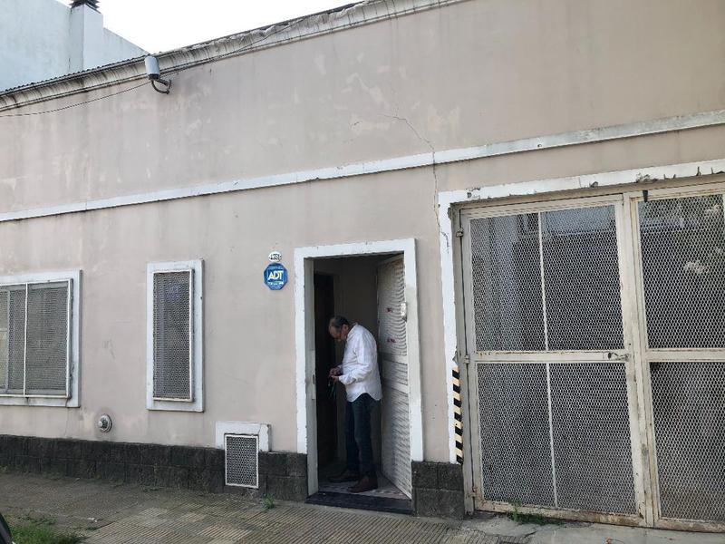 Foto Depósito en Venta en  Florida Belgrano-Oeste,  Florida  ARENALES al 4300
