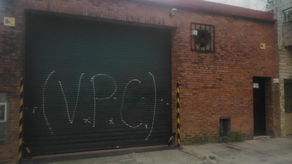 Foto Galpón en Alquiler en  Caseros,  Tres De Febrero  Belgrano  al 3100