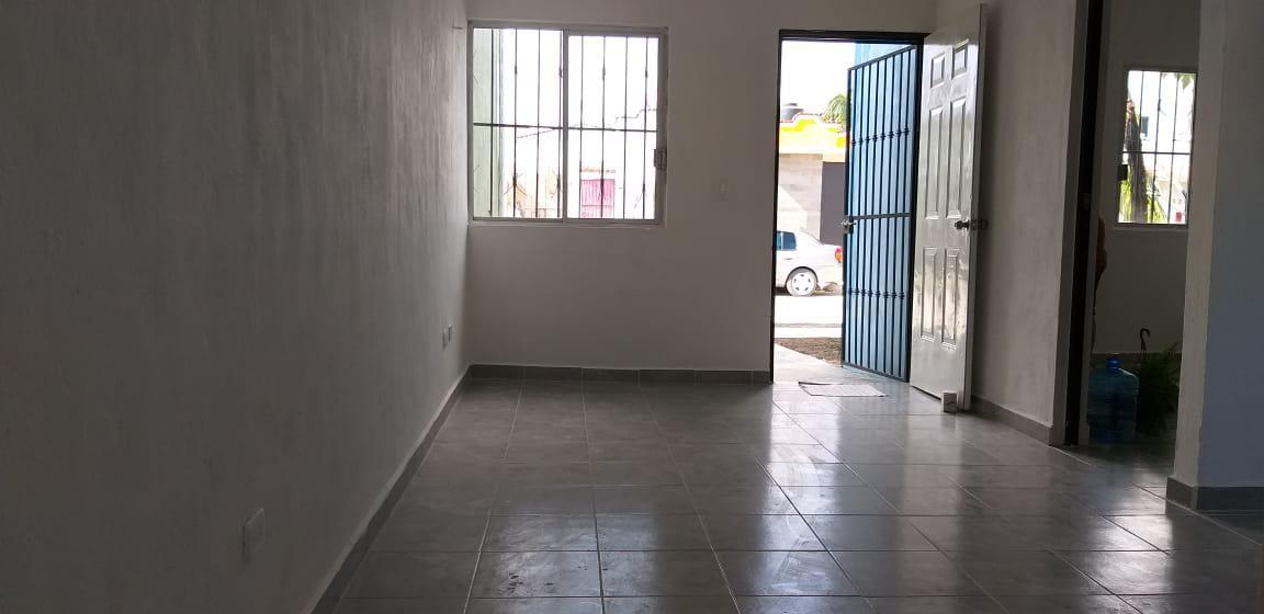Foto Casa en Venta en  El Petén,  Solidaridad  CASA EN BUENA UBICACIÓN Y REMODELADA