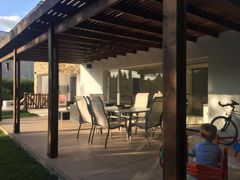 Foto Casa en Venta en  Canning,  Esteban Echeverria  El Centauro