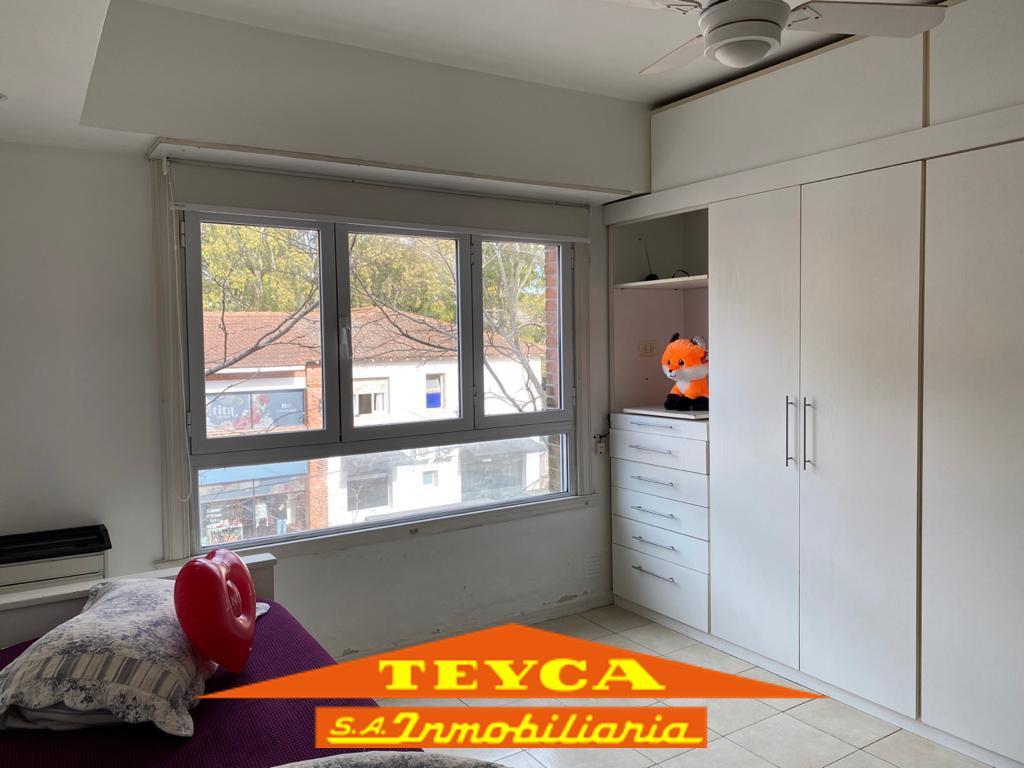 Foto Departamento en Venta en  Centro,  Pinamar  Jason 949