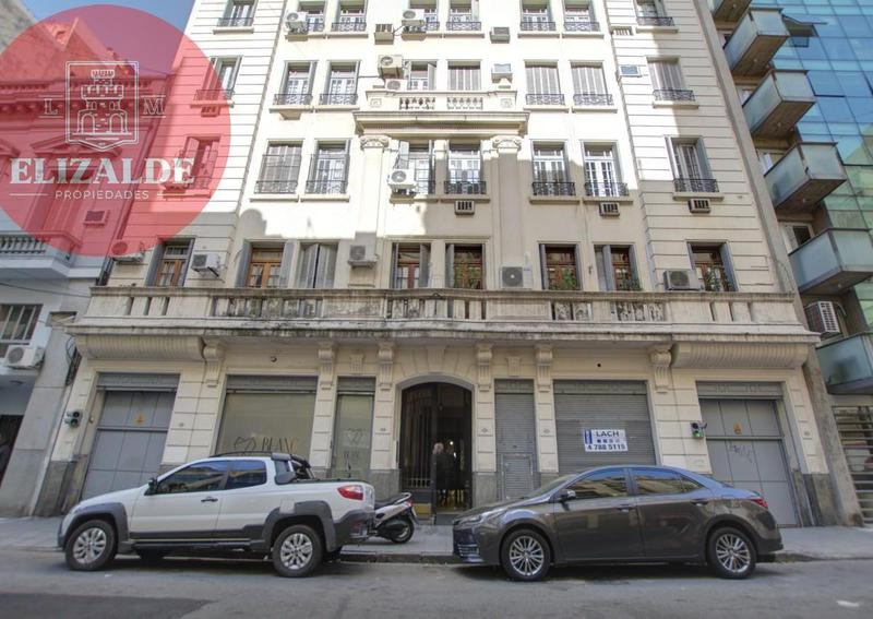 Foto Departamento en Venta en  Tribunales,  Centro (Capital Federal)  Viamonte 1646