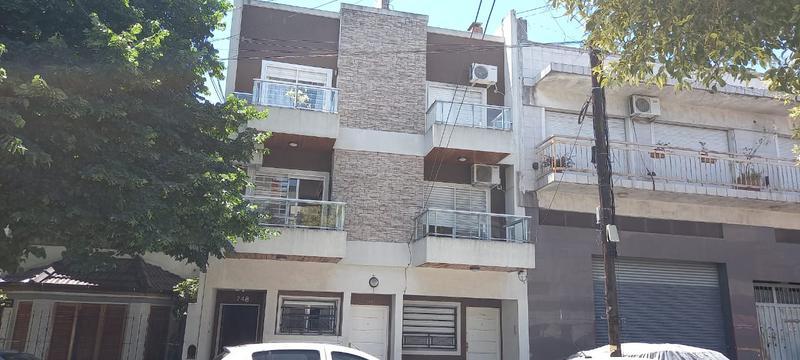 Foto Departamento en Venta en  Liniers ,  Capital Federal  Pieres al 700