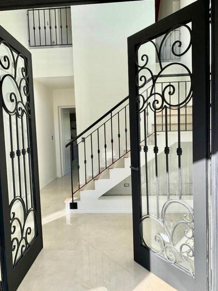 Foto Casa en Venta en  Los Sauces,  Nordelta  Av.Los Lagos al 100