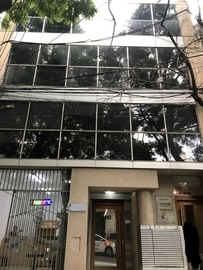 Venta Oficina 120 m2  9 de Julio y Moreno  - Centro
