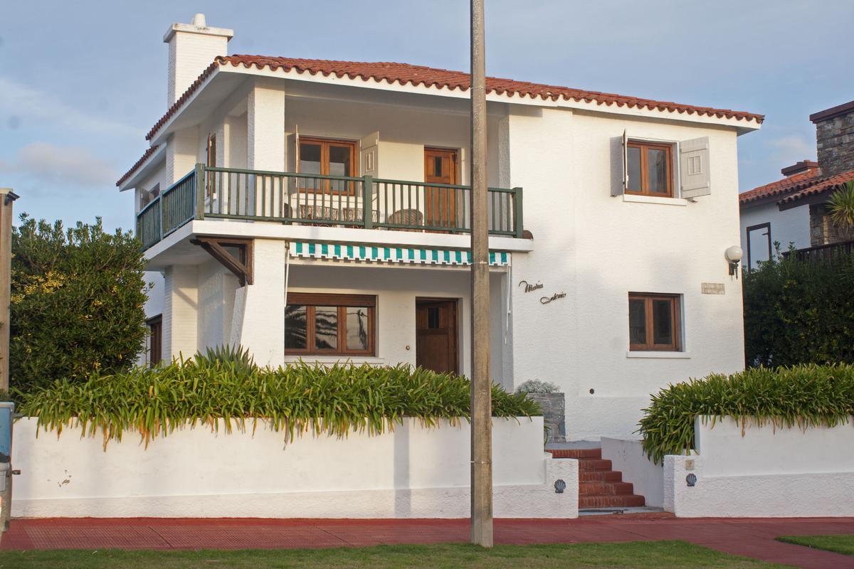 Foto Casa en Alquiler en  Península,  Punta del Este  Faro de Punta del Este
