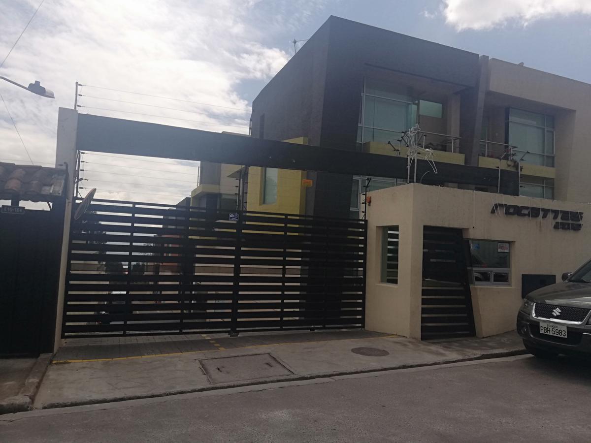 Foto Casa en Venta en  Norte de Quito,  Quito  Manuel Tamayo Salgado