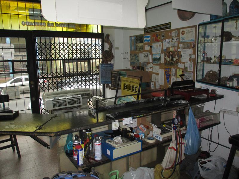 Foto Local en Venta en  Boca ,  Capital Federal  Arzobispo Espinosa y Av. Almirante Brown