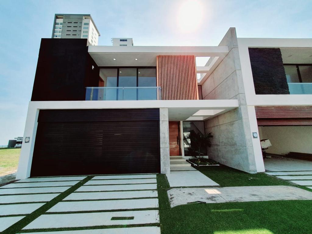 Foto Casa en Venta en  Playas del Conchal,  Alvarado  PLAYAS DEL CONCHAL, Casa en VENTA con alberca, terraza, jardín y área de TV, (MA)