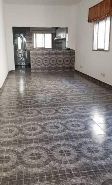 Foto Casa en Venta en  Lanús Este,  Lanús  Ayacucho al 900