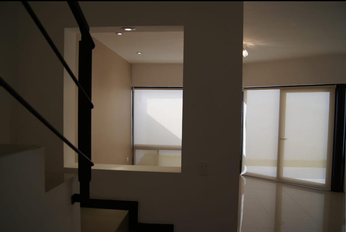 Foto Casa en Venta en  El Vergel,  Monterrey  Casa en Venta en La Privada El Vergel -Fracc. Privado (MVO)