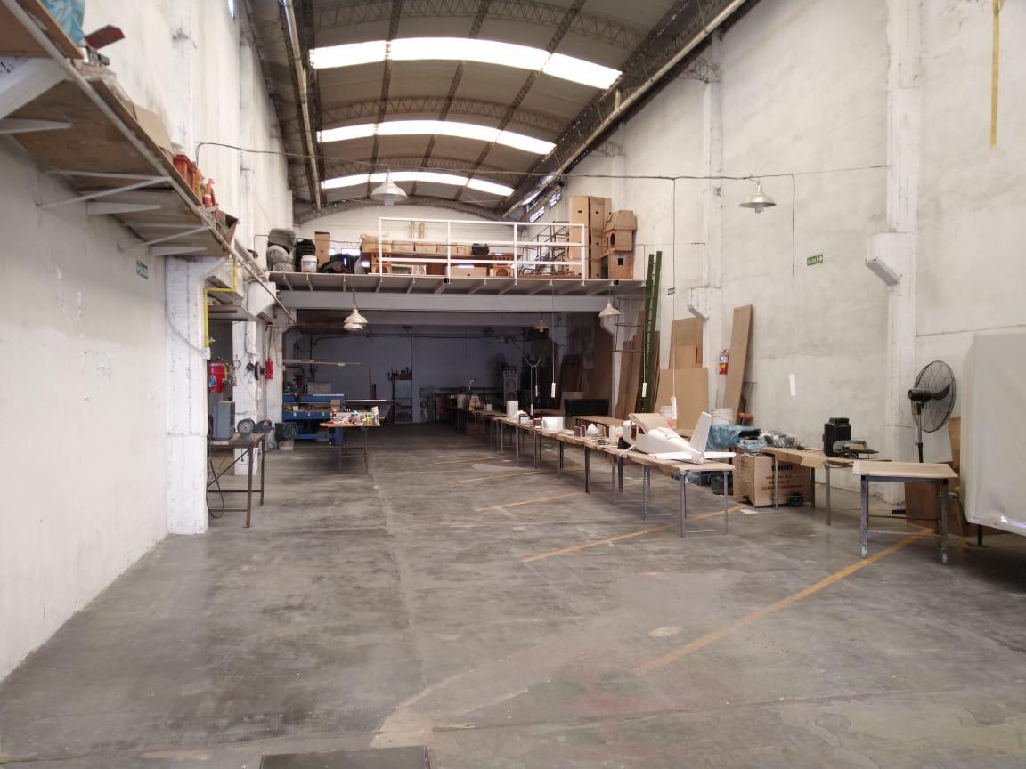 Foto Oficina en Venta en  Castelar,  Moron  Sanchez De Medeville al 2500