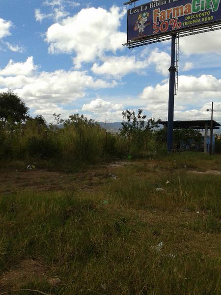 Foto Campo en Venta   Renta en  Boulevard Suyapa,  Tegucigalpa  Terreno en Bulevar Suyapa, Tegucigalpa, Honduras
