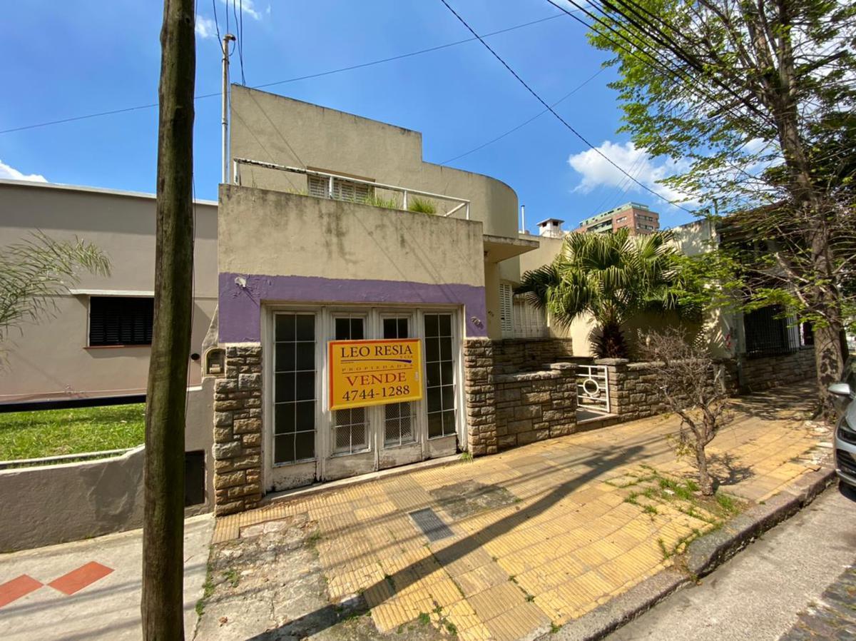 Foto Casa en Venta en  S.Fer.-Vias/Centro,  San Fernando  Lavalle al 400