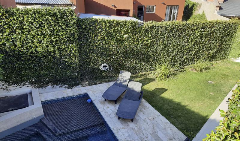Foto Casa en Venta en  Jardines del Jockey,  Cordoba  Jardines del jockey