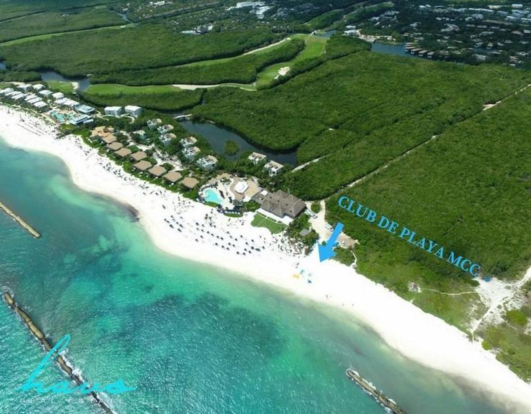 Foto Terreno en Venta en  Solidaridad,  Playa del Carmen  Lote Residencial Country Club Mayakoba con 346.37m2
