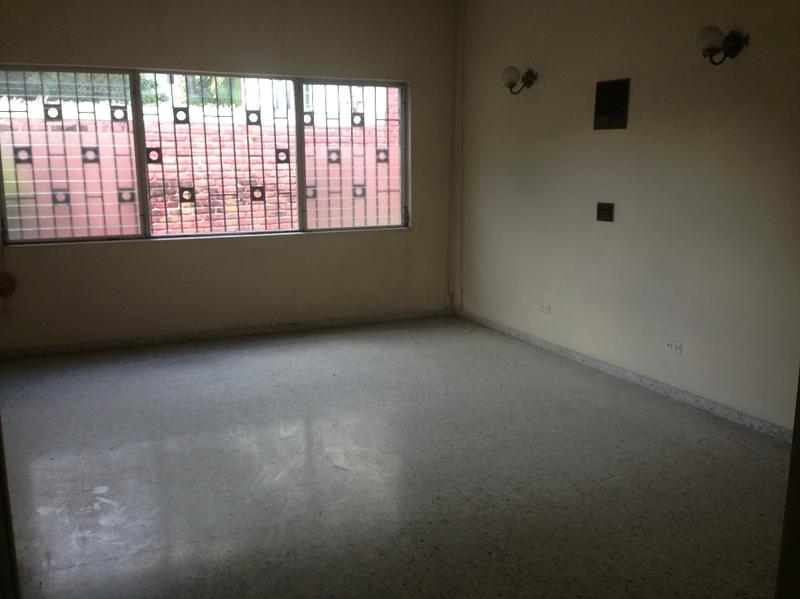 CS Bienes Raices - Casa en Venta en Palmira - Amplia Casa ...