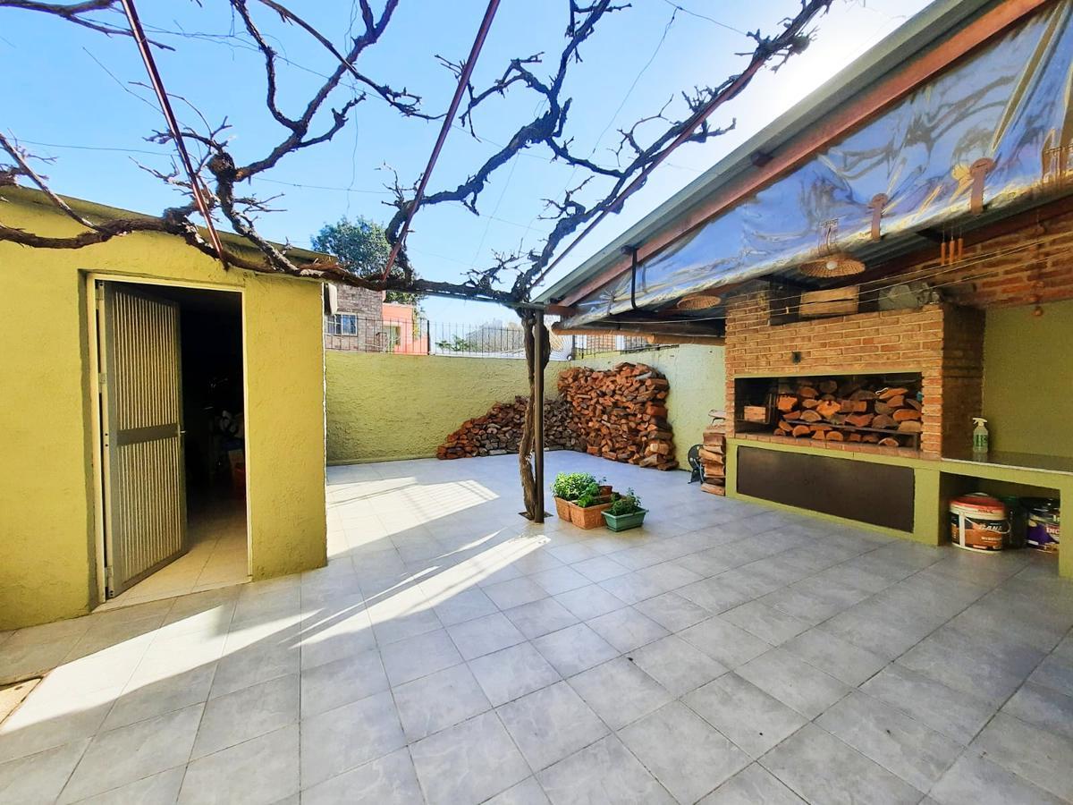 Foto Casa en Venta en  Malvín ,  Montevideo  Próximo a Estanislao López y Legrand.