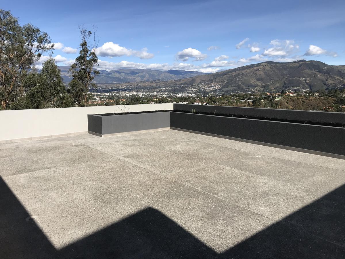 Foto Departamento en Alquiler en  Nayón - Tanda,  Quito  Tanda