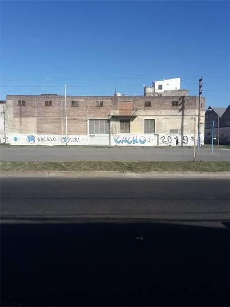 Foto Galpón en Venta en  Avellaneda,  Avellaneda  Av. Roca Al  400