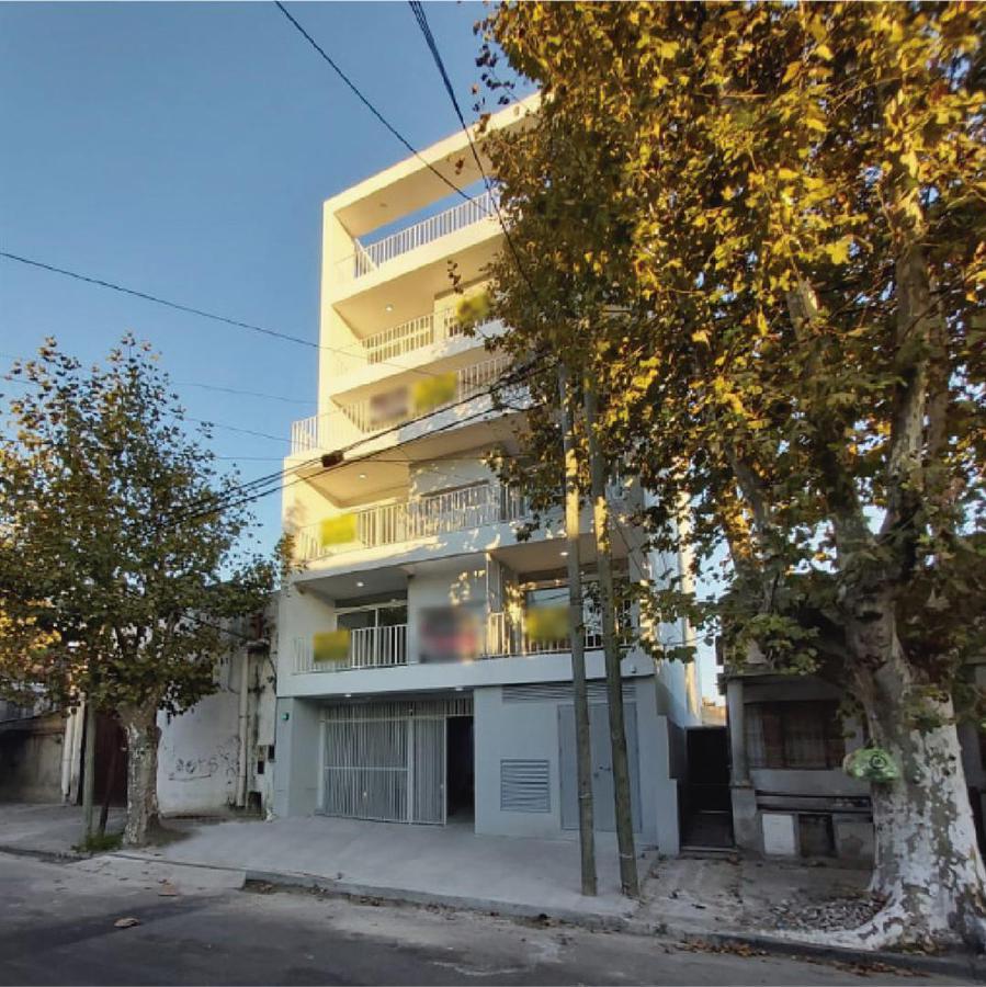 Foto Departamento en Venta en  Avellaneda,  Avellaneda  Ocantos al 200 1°Piso Frente