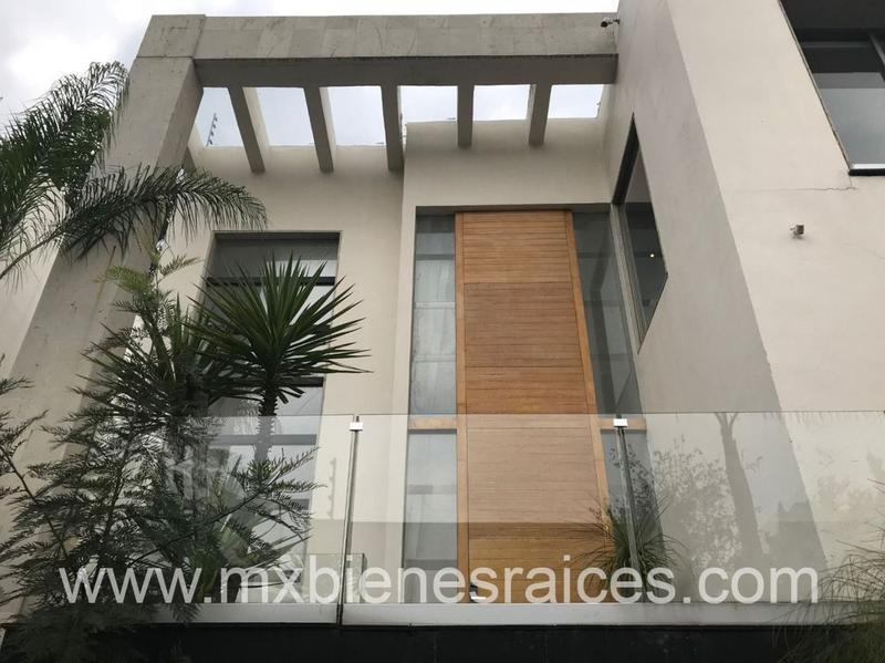 Foto Casa en Venta en  Bosque de las Lomas,  Miguel Hidalgo  Hermosa Casa en Bosque de las Lomas