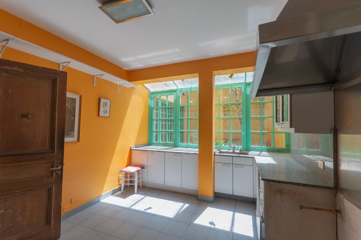 Foto Casa en Venta en  Belgrano Chico,  Belgrano  Blanco Encalada al 900