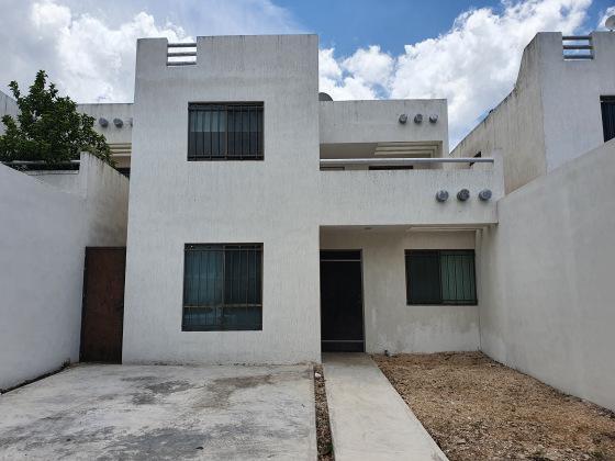 Foto Casa en Renta en  Fraccionamiento Las Américas,  Mérida  En renta casa de 3 hab. bien equipada y ubicada en Las Américas.
