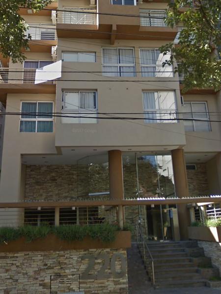 Foto Departamento en Alquiler en  Lomas de Zamora Oeste,  Lomas De Zamora  SARMIENTO 220 4ºA