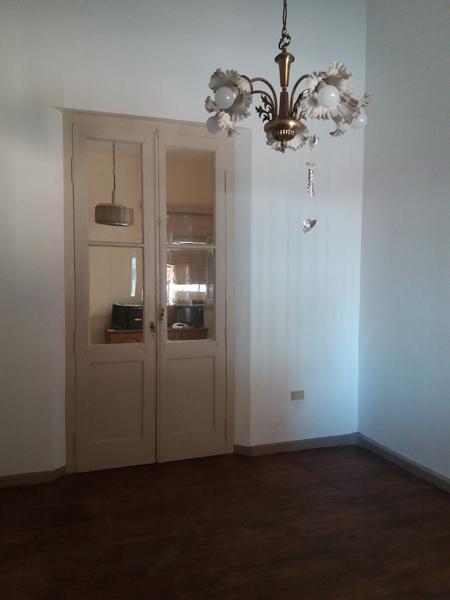 Foto Casa en Alquiler en  Lomas de Zamora Oeste,  Lomas De Zamora  Boedo 663