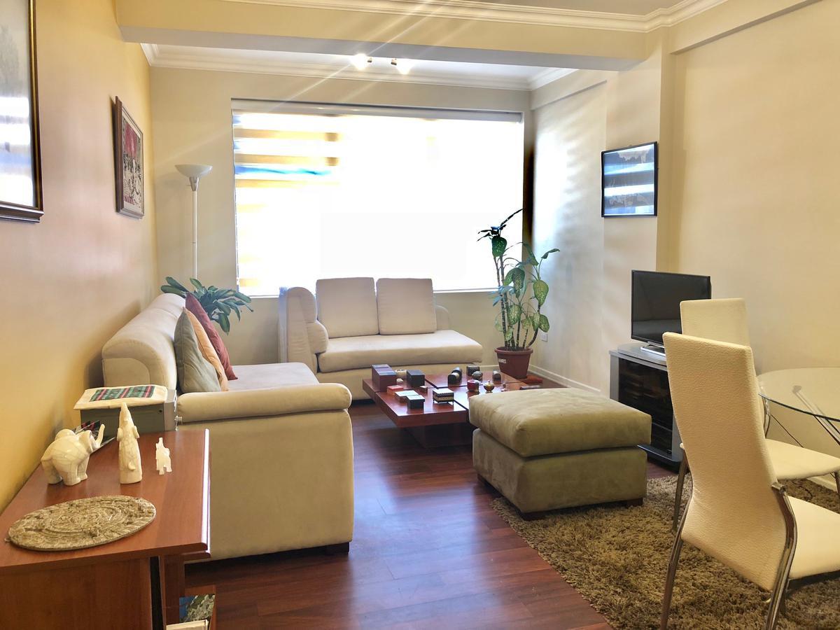 Foto Departamento en Alquiler en  La Carolina,  Quito  Carlos Tobar y Francisco Flor