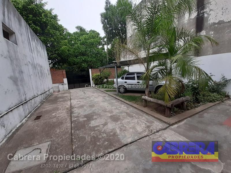 Foto Casa en Venta en  Temperley Este,  Temperley  LUIS SAENZ PEÑA 610