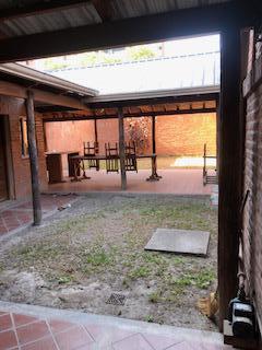 Foto Local en Alquiler en  San Miguel De Tucumán,  Capital  Pje. Bertés al 200