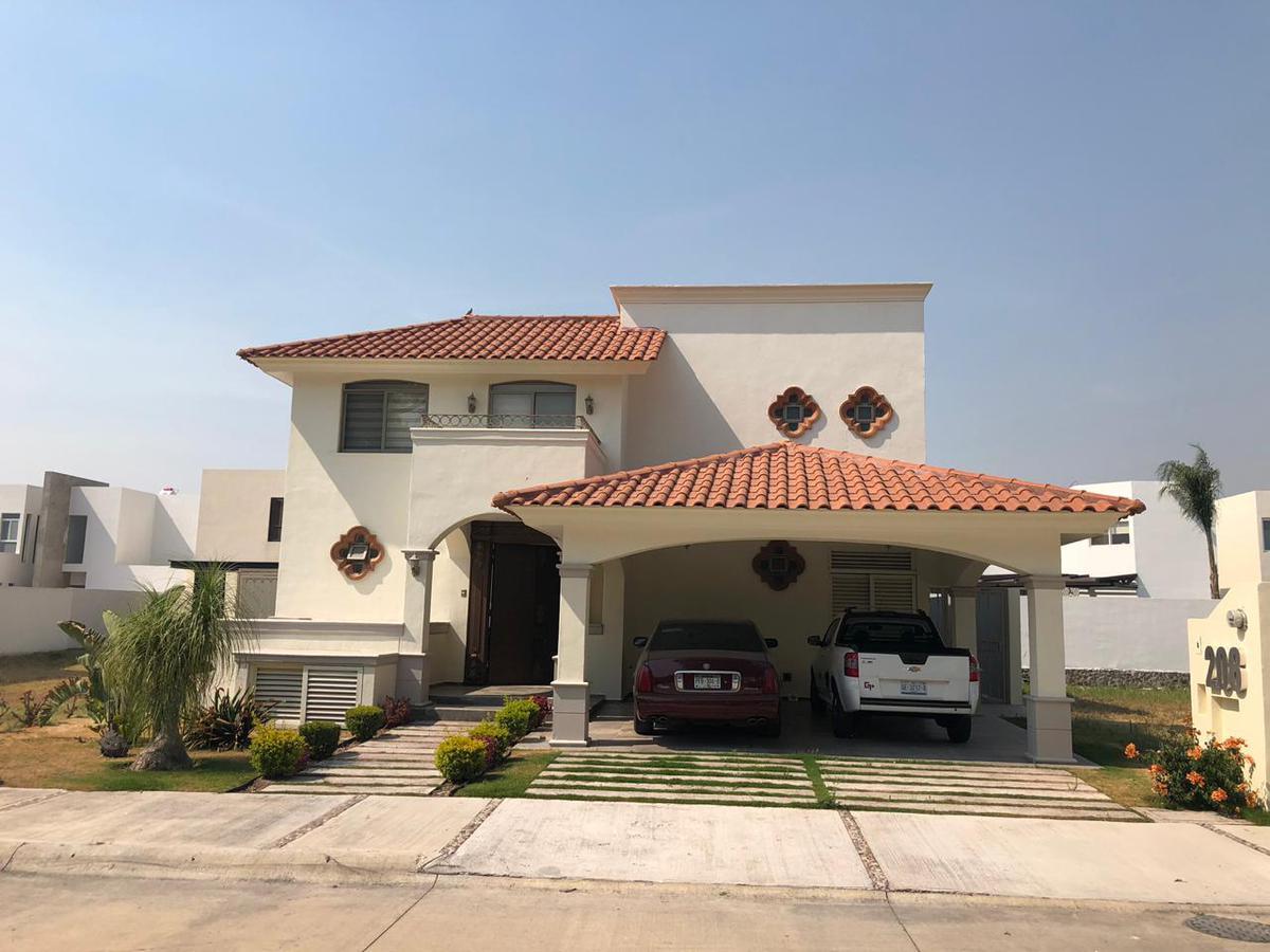 Foto Casa en condominio en Venta en  Fraccionamiento San Lorenzo,  Celaya  CASA EN VENTA O RENTA CONDOMINIO SAN LORENZO CELAYA GTO.