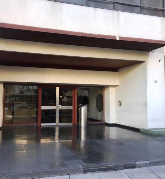 Foto Departamento en Venta |  en  Parque Patricios ,  Capital Federal  Salta 2067 13 C