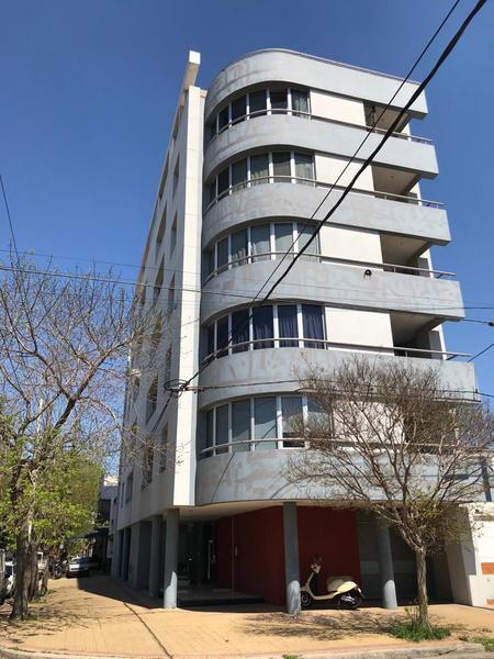Foto Departamento en Alquiler en  La Plata ,  G.B.A. Zona Sur  24 esquina 42
