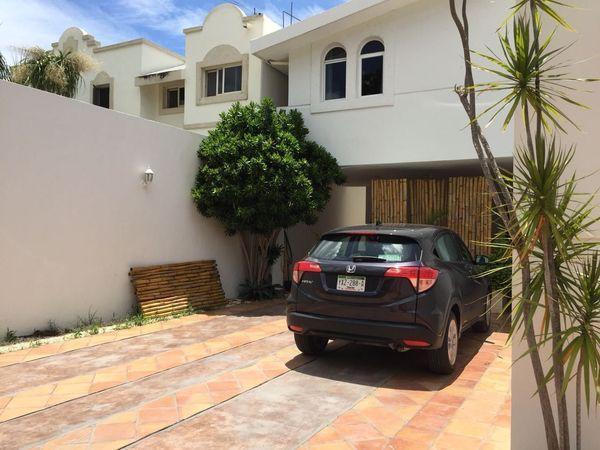 Foto Casa en Renta en  Fraccionamiento Monte Alban,  Mérida  Rento casa en Frac. Montealban para oficina o casa habitacion