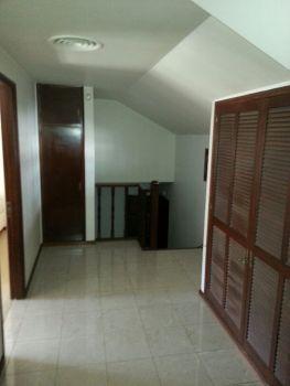 Foto Casa en Venta en  Fisherton,  Rosario  Juan Jose Paso 8325