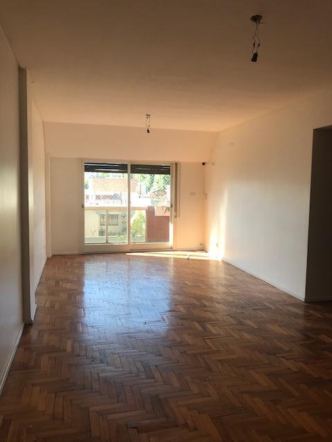 Foto Departamento en Venta | Alquiler en  Caballito ,  Capital Federal  Cucha Cucha al 1000 CON ESPACIO GUARDA-COCHE
